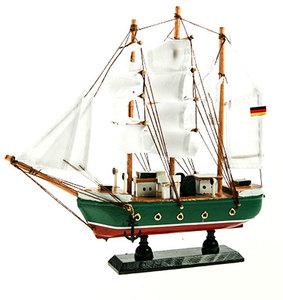 Модель корабля (33727)