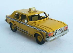 "Ретро автомобиль такси ""NY Yellow cab"" (RD-1204-A-4891)"