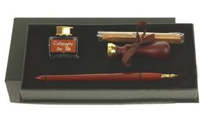 557009 Набор: перьевая ручка, чернильница (15 ml) с чернилами, печать, сургуч из воска
